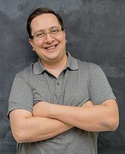 Rafael Rez - Referência Marketing Hacks